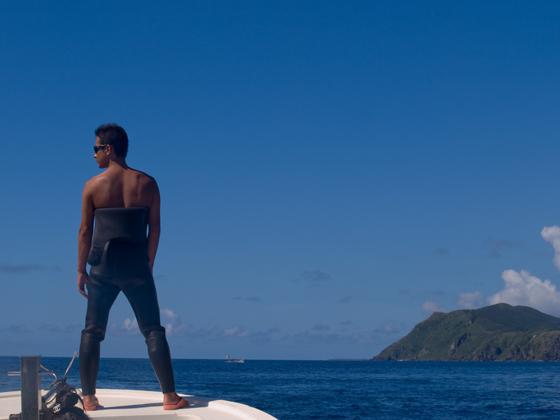 Bowに立つ海の男.jpg