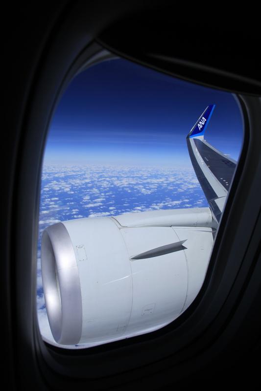 飛行機からの空.jpg